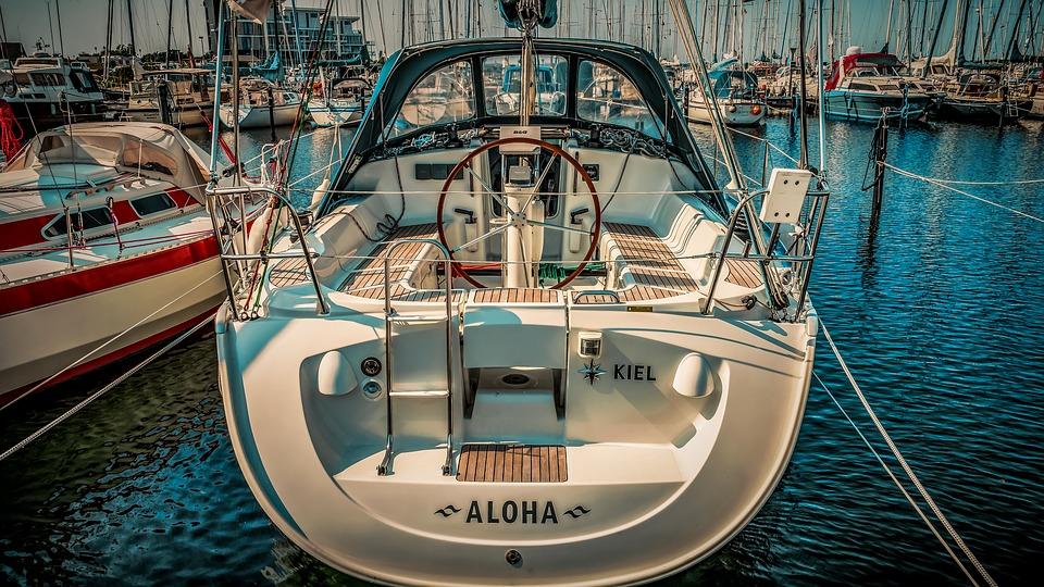 Conseils pour s'assurer de bien entretenir son moteur bateau
